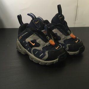 Vintage Nike ACG Toddler Hiking Camping Shoes